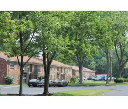 2 Beds - Beech Grove Apartments at 3014 Beech Grove Ct in Jeffersonville IN is a Apartment