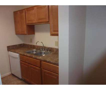 1 Bed - Sacramento Townhomes and Tidemill Farms at 21 Sacramento Dr in Hampton VA is a Apartment