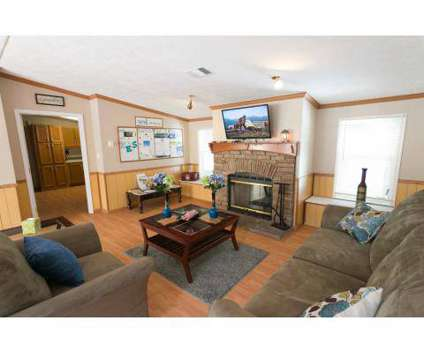 4 Beds - Woodland Estates at 9359 103rd St in Jacksonville FL is a Apartment