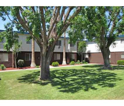2 Beds - Serramonte Park Apartments at 3535 H St in Bakersfield CA is a Apartment