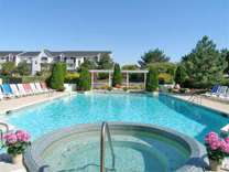 2 Beds - College Towne Apartments