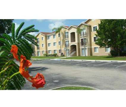 3 Beds - Bernwood Trace at 9804 Bernwood Place Dr in Fort Myers FL is a Apartment