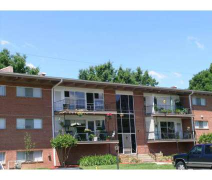 2 Beds - Riverside Park at 310 Woodbine St in Hopewell VA is a Apartment