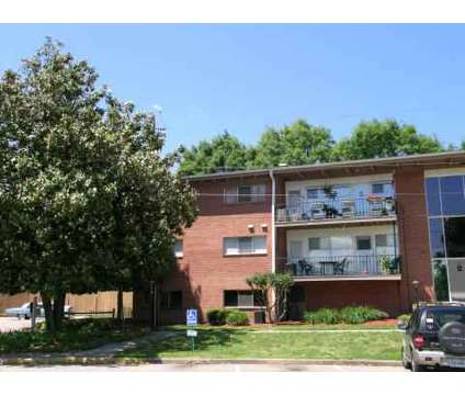 3 Beds - Riverside Park at 310 Woodbine St in Hopewell VA is a Apartment