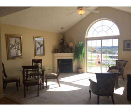 2 Beds - Summit Ridge at 904 Manor Dr in Oakdale PA is a Apartment