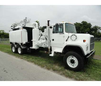 1997 International LNT8000 Safe Jet Vac Clean Earth is a 1997 International Commercial Trucks & Trailer in Miami FL