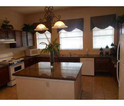 2 Beds - Rosemont of Oak Hollow at 3015 E Ledbetter Drive in Dallas TX is a Apartment