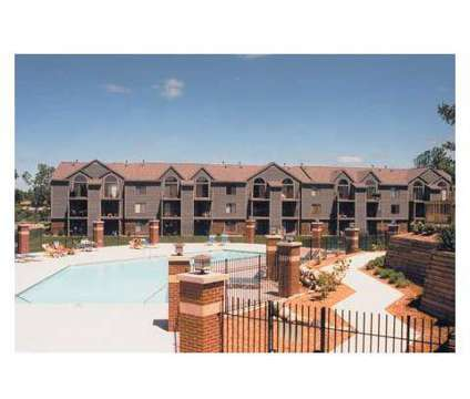 2 Beds - Green Ridge Apartments at 3359 Ridgeview Dr in Grand Rapids MI is a Apartment
