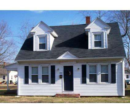 3 Beds - Fairfax Properties at Salisbury: Student Housing at 925 Eastern Shore Dr in Salisbury MD is a Apartment