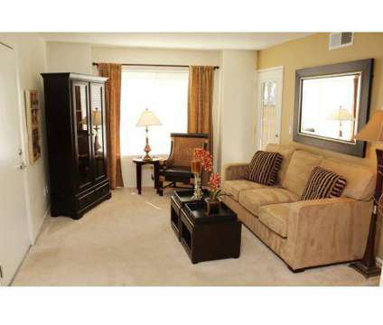 2 Beds - Ashford Park at 132 Fountain Oaks Cir in Sacramento CA is a Apartment