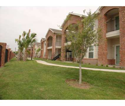 3 Beds - Villas de Nolana Apartments at 121 E Quamasia Ave in Mcallen TX is a Apartment