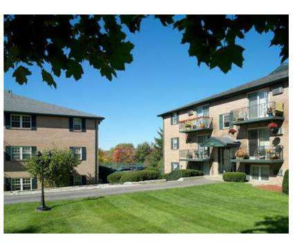 1 Bed - Sagamore Court at 559 Sagamore Ave in Portsmouth NH is a Apartment