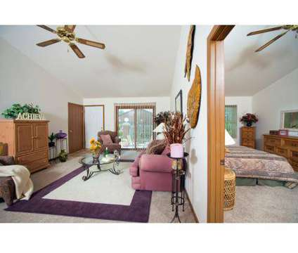 3 Beds - Hampton Apartments at 1318 Frank Drive in Monroe MI is a Apartment