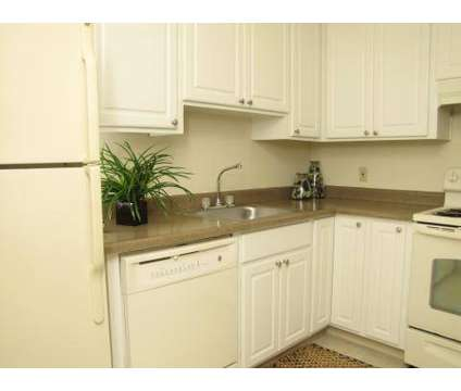 2 Beds - Stoneybrook at 3104 Sherwood Avenue in Modesto CA is a Apartment