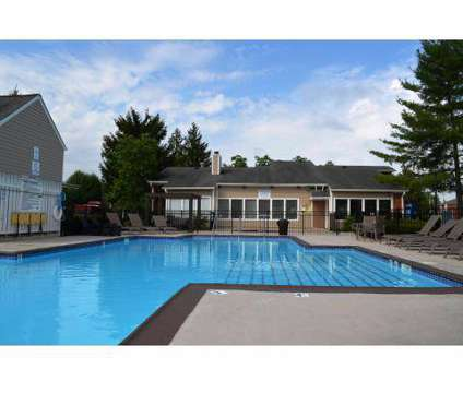 2 Beds - Steeplechase Apartments at 305 Lindenhurst Drive in Lexington KY is a Apartment