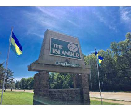 3 Beds - The Islander at 7711 Normandie Boulevard in Middleburg Heights OH is a Apartment