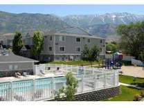 4 Beds - Thorneberry Apartments