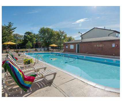 2 Beds - Maple Oaks Townhomes at 2743-d El Camino Dr in Middletown OH is a Apartment