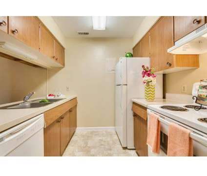 2 Beds - The Commons at Kettering at 4427 Wilmington Pike in Kettering OH is a Apartment