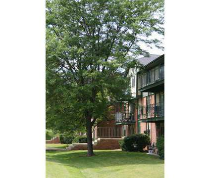 1 Bed - Whitnall Pointe Apartment Homes at 10591 West Cortez Cir in Franklin WI is a Apartment