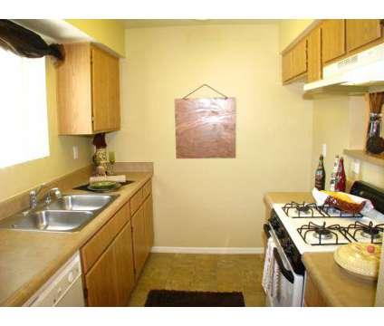3 Beds - Redlands Towne Square at 342 Dale St in Perris CA is a Apartment