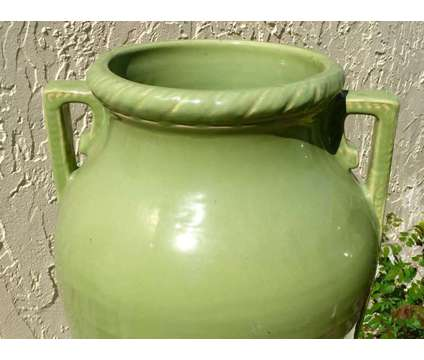 1930's ROSEVILLE POTTERY Large Vases / Planters Rare Hard To Find Shape is a Green Collectibles for Sale in Palm Harbor FL