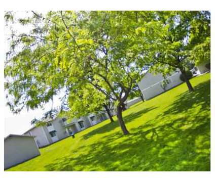 1 Bed - Heatherstone Apartments at 1114 W 10th Avenue in Kennewick WA is a Apartment