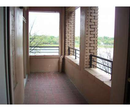 2 Beds - The Chateau at 901 Druid Park Lake Drive in Baltimore MD is a Apartment
