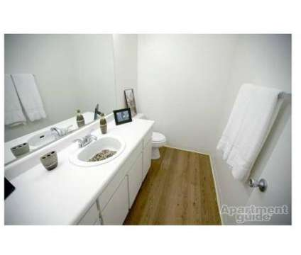 3 Beds - Torrey Ridge at 222 S Clovis Ave in Fresno CA is a Apartment