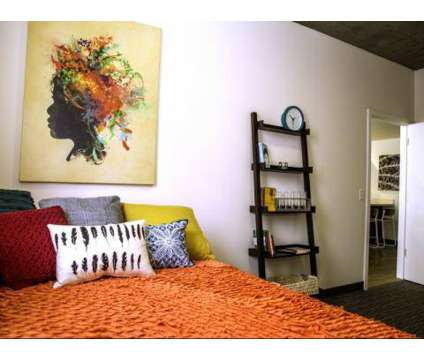 5 Beds - Sol Y Luna - Student Living at 1020 N Tyndall in Tucson AZ is a Apartment