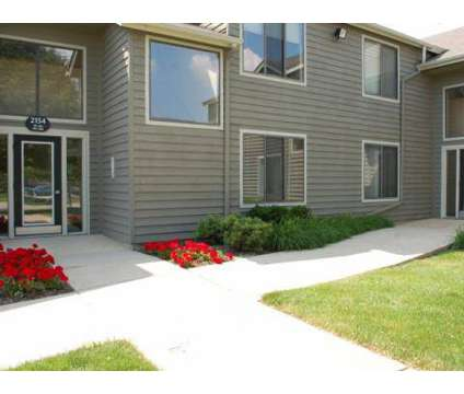 2 Beds - Covey at Fox Valley at 2160 Walcott Road in Aurora IL is a Apartment