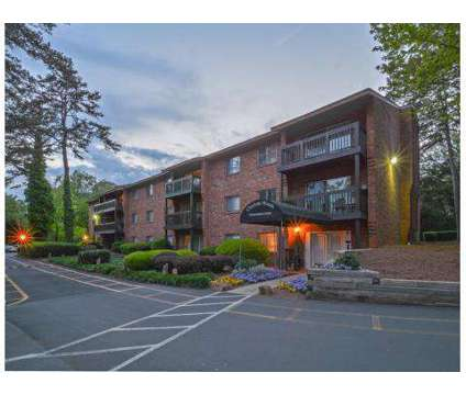 1 Bed - Charlotte Woods at 1116 Scaleybark Rd in Charlotte NC is a Apartment
