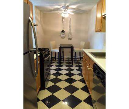 2 Beds - Briarwood Terrace Apartments at 1501 S Wolf Road in Prospect Heights IL is a Apartment