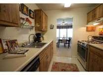 2 Beds - Boulder Park Apartments