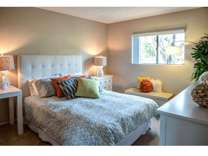 2 Beds - River Oaks Apartments