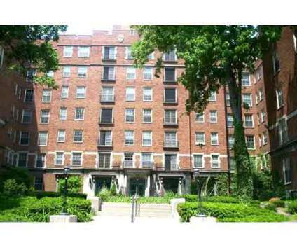 Studio - Oakwood Manor Apartments at 547 Cherry St Se in Grand Rapids MI is a Apartment