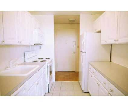 2 Beds - 10 Landing Lane at 10 Landing Ln Apartment 1a in New Brunswick NJ is a Apartment