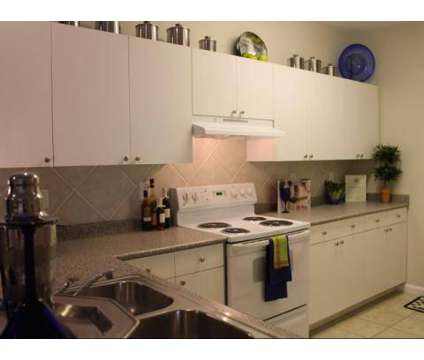 3 Beds - The Grove At Oakbrook at 325 Midland Parkway in Summerville SC is a Apartment