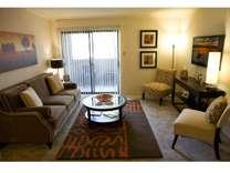 2 Beds - Remington Place Apts