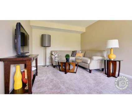 2 Beds - Hidden Creek Apartments at 1513 Hidden Creek Cir Dr in Grand Rapids MI is a Apartment