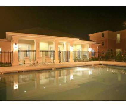 3 Beds - Summerlin Oaks at 980 E Church St in Bartow FL is a Apartment