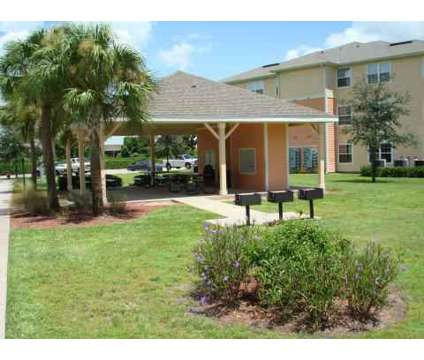 4 Beds - Summerlin Oaks at 980 E Church St in Bartow FL is a Apartment