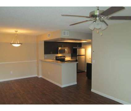 3 Beds - Park Colony at 812 S Park Road in Hollywood FL is a Apartment