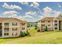 2 Beds - Chestnut Ridge Apartments
