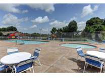 2 Beds - Westwind Townhomes & Duplexes