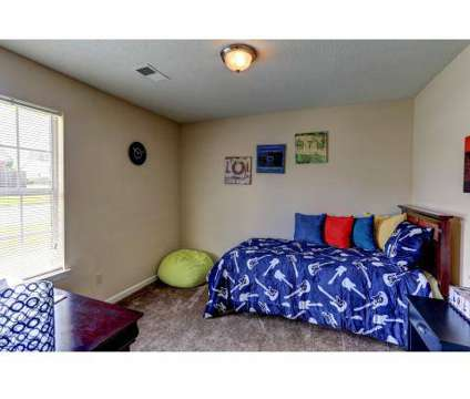 2 Beds - Westwind Townhomes & Duplexes at 1800 Joy Cir in Horn Lake MS is a Apartment