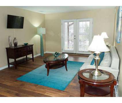 3 Beds - Seasons on Chelsea at 2530 Chelsea Drive in Fort Mitchell KY is a Apartment