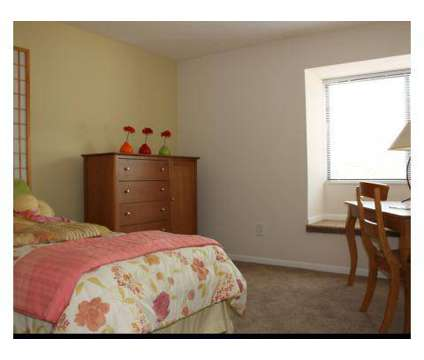 1 Bed - Hunters Creek at 9231 Hunters Creek Dr in Cincinnati OH is a Apartment