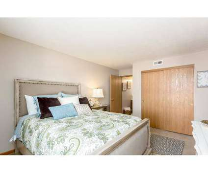 Studio - Sawmill Crossing at 6700 Allister Way in Columbus OH is a Apartment