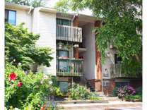 2 Beds - Oakwood Apts
